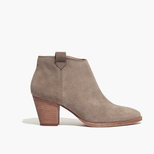 Madewell The Billie Boot In Suede
